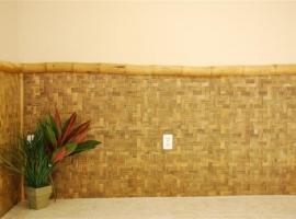 bamboo-paneling-for-wainscotting